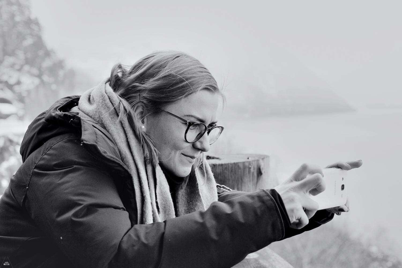 Norway-girl-photographing-mountains-Studio-Metsa-Photography