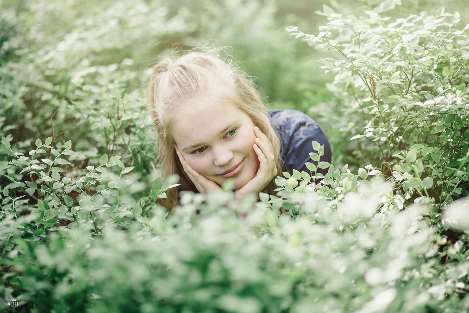Ella Haagan Alppiruusutarhassa Studio Metsä Erika Lind