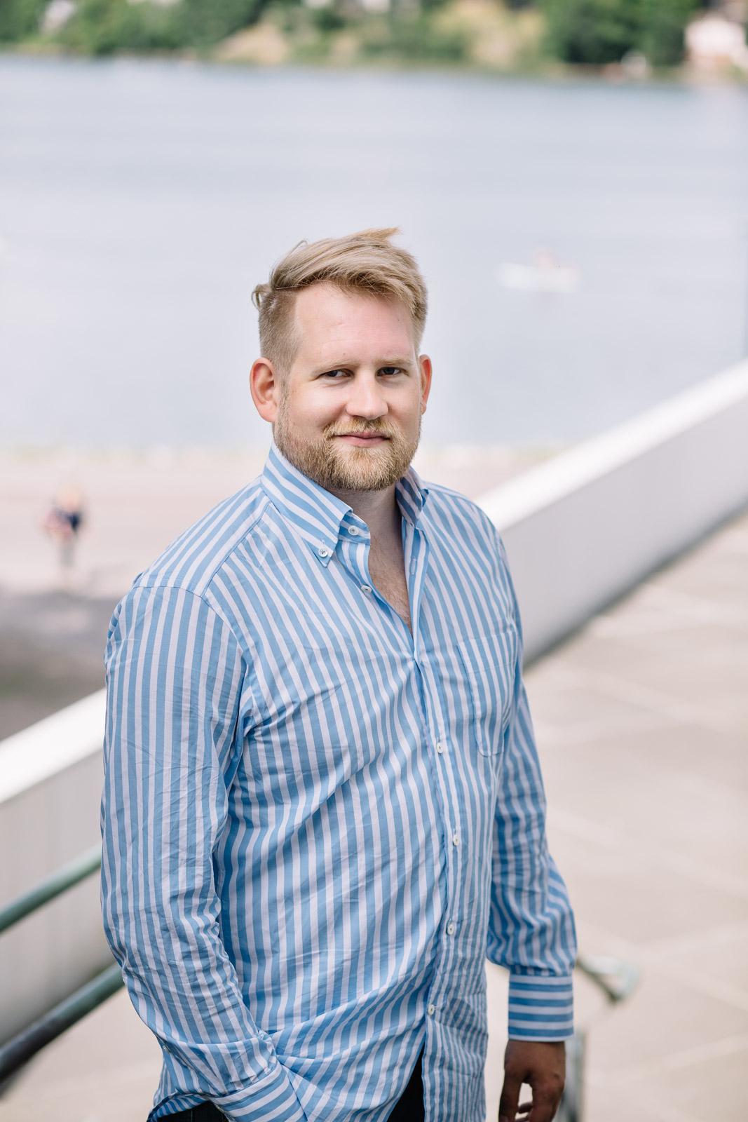 Graafinen suunnittelija Jean-Marc Helsingissä Valokuvaaja Studio Metsä