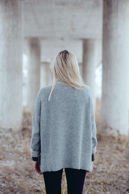 Julie Damhus photographed by Erika Lind of Studio Metsä